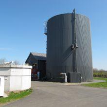 Nauda: elektros ir šilumos gamybai daug kur pasaulyje naudojamos biodujų jėgainės.
