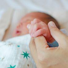 Dėl kraujavimo į smegenis Kauno ligoninėje atsidūręs kūdikis – sunkios būklės