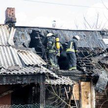 Kazlų Rūdoje per gaisrą evakuoti trys žmonės