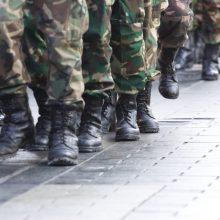 Lietuvos kariuomenė ieško tūkstančių neatsišaukusių prievolininkų