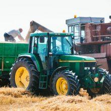 Mažeikių įmonė už traktorių sumokėjo beveik 4 tūkst. eurų – pardavėjai dingo