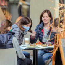 Kaunas tiesia pagalbos ranką verslui: lauko kavinėms – mokestinės lengvatos