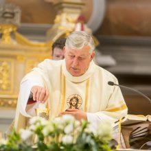 V.S. Vaičiūnas atšventė 50-ies metų kunigystės jubiliejų: aš jau gimiau su pašaukimu