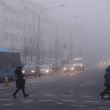 Važiuokite atsargiai – eismo sąlygas sunkina rūkas