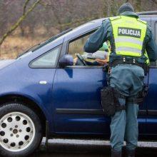 Kaune ir toliau važinėja gerokai įkaušę vairuotojai