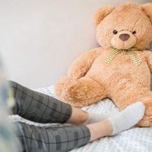 Naujos žinios apie sumuštą merginą: ji išleidžiama iš Klinikų, bet gydymas nebaigtas