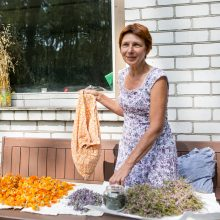 Ketinimai: žolininkė R.Borutienė planuoja rengti edukacijas ir norinčius supažindinti su Kačerginėje augančiomis vaistažolėmis.