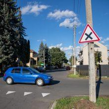 Vilijampolės gatvėse keičiasi eismo tvarka: būtina stebėti kelio ženklus