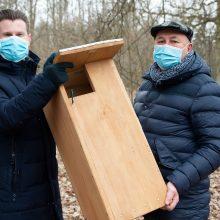 Kauno meras kviečia kauniečius pasirūpinti namais paukščiams