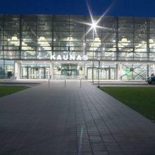 Kauno oro uoste avariniu būdu nusileido Latvijos oro linijų lėktuvas