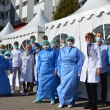 Paaiškėjo su virusu kovojančių Kauno klinikinės ligoninės medikų testų rezultatai