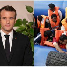 E. Macronas sveikina pažangą sprendžiant į Europą plūstančių migrantų klausimą