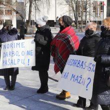 Vietoj paramos – tušti valdžios pažadai: tūkstančiams žmonių iškilo grėsmė likti be darbo