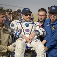 Kanados, Rusijos ir JAV astronautai saugiai grįžo iš Tarptautinės kosminės stoties