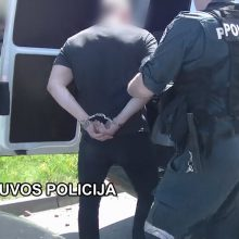 Tarptautinė operacija: sulaikyti įtariamieji kontrabanda ir pasikėsinimu nužudyti