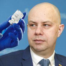A. Veryga įgėlė organizuojantiems vakcinaciją: dirbkit, o ne svajokit