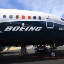 """""""Boeing"""" pranešė apie atšauktus liūdnai pagarsėjusio lėktuvo """"737 Max"""" užsakymus"""