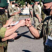 A. Anušauskas: norinčius karius tikimasi paskiepyti iki birželio pradžios