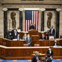 JAV Atstovų Rūmai nubalsavo už istorinę antrąją apkaltą prezidentui D. Trumpui