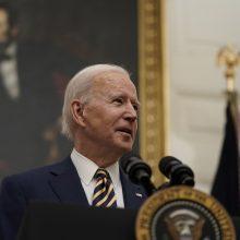 JAV prezidentas J. Bidenas telefonu pasikalbėjo su Kanados ir Meksikos lyderiais