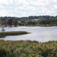 Svarbu poilsiautojams: Salotės ežeras užterštas bakterijomis