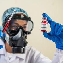 Lietuvos sveikatos ekspertams nerimą kelia COVID-19 vakcinos skeptikai