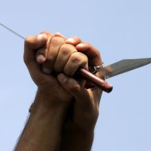 Kruvinas konfliktas: vienas kitą peiliu sužalojo vyras ir moteris