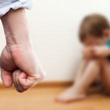 Mažametis galėjo būti muštas vos paskelbus karantiną – tarnybos sužinojo tik dabar