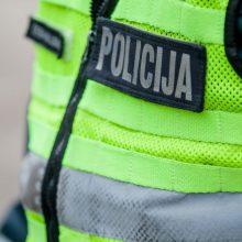 Policininkams – įtarimai dėl išmuštų dantų