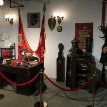 Ekspozicija: muziejuje eksponuojama įvairiausia pasiklausymo ir informacijos šifravimo technika.