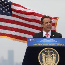 Niujorko gubernatorius prašys D. Trumpo atlikti daugiau tyrimų dėl COVID-19