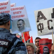 Maskvoje mitinge dalyvauja 1,8 tūkst. žmonių