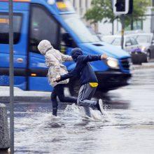 Mieste – nuolatinė potvynių grėsmė: klaipėdiečiai vėl skaičiuoja nuostolius