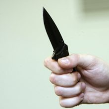 Klaipėdoje per kilusį konfliktą peiliu sužalotas vyras
