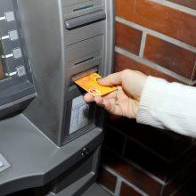 """Naktį – galimi sutrikimai atsiskaitant """"Swedbank"""" kortelėmis"""