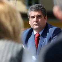 Neringos meras nusižengė, nes balsavo dėl sprendimų, susijusių su šeimos nariais