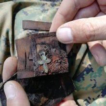 Radiniai: Luokėje vokiečių karių kapuose rasta daiktų, kurie pasakoja apie čia atgulusius žmones.