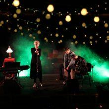 Kretingoje kviečia naktinėti su muzikuojančiu jaunimu po 1000 lempučių
