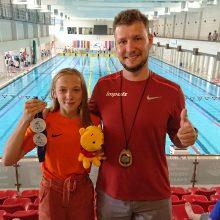 Plaukikė S. Plytnykaitė pagerino du R. Meilutytės rekordus