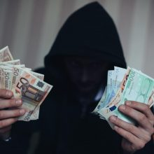 """Plinta naujas sukčiavimo būdas: laiškai ateina iš """"Sodros"""", VMI ir banko"""