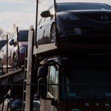"""Automobilių pardavėjas """"pamiršo"""" sumokėti 2 mln. eurų mokesčių"""