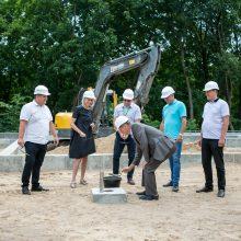 Zoologijos sode – rekonstrukcijos pradžia: pradeda statyti gydyklą