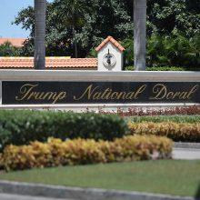 Baltieji rūmai: kitų metų G-7 viršūnių susitikimas vyks D. Trumpo golfo klube