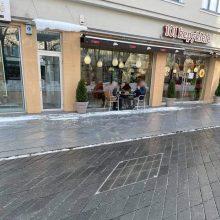 Fiksuoja kauniečiai: karantino metu pradėjo veikti lauko kavinės?