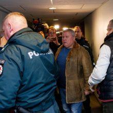 """Iš """"kontrabandos karaliaus"""" prašoma priteisti per 4,8 mln. eurų muitinei"""