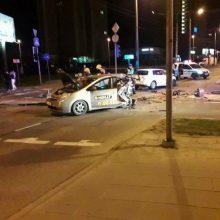 """Taksi keleivę pražudžiusio """"City Bee"""" vairuotojo byla perduota teismui"""