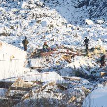 Norvegijos gelbėtojai nebeturi vilties rasti išgyvenusių po purvo nuošliaužos