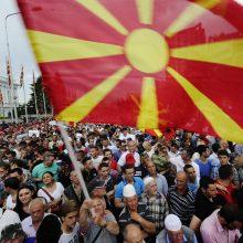 Naujas pavadinimas, senos bėdos: Šiaurės Makedonija renka naują prezidentą