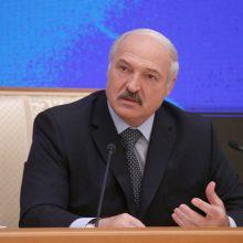 A. Lukašenka kariškiams: pateikite planą, kaip reaguoti į tankų dislokavimą Lietuvoje