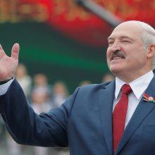 A. Lukašenka žada baltarusių atlyginimus per penkerius metus padvigubinti